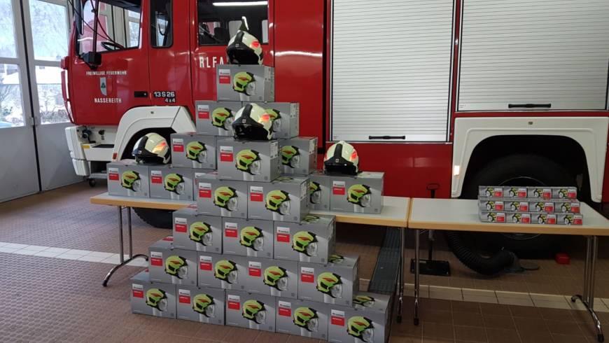 Helmausgabe Freiwillige Feuerwehr Nassereith